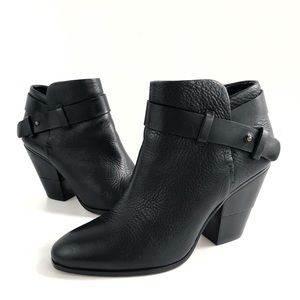 Dolce Vita Hilary Black Leather Ankle Bootie 6